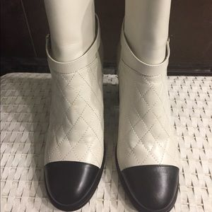 Classic Chanel Boots White/Black. Size 38.